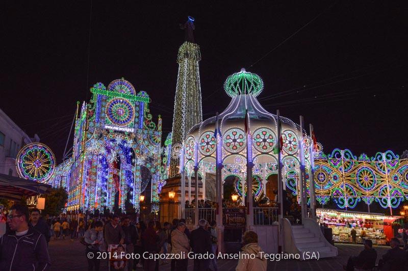Luminarie Tricentenario Statua di San Cono 01