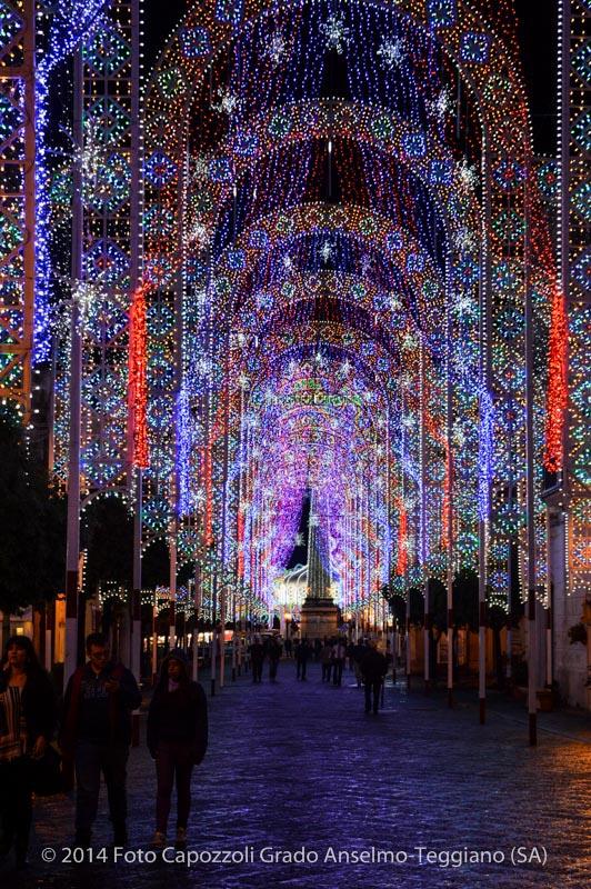 Luminarie Tricentenario Statua di San Cono 05