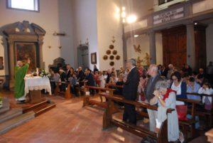 Durante la messa di San Cono a Cascina (Pisa)